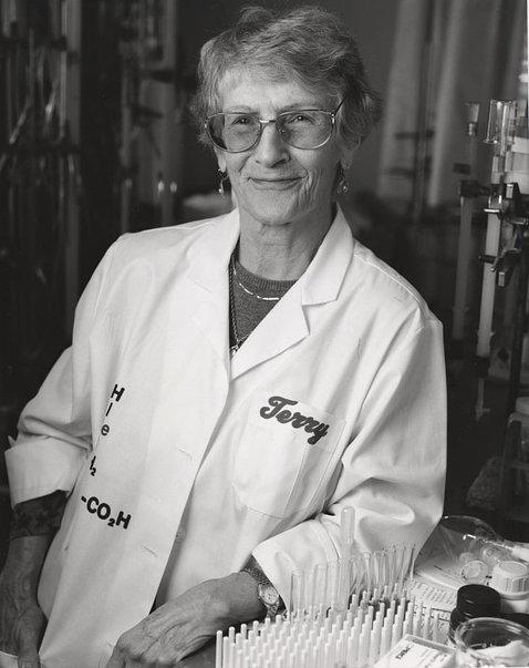 "Dr. Thressa ""Terry"" Stadtman in her lab in the 1970s"