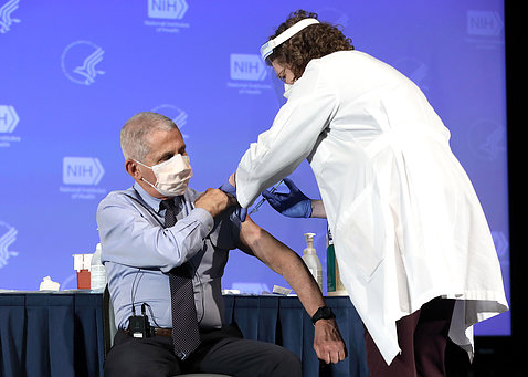 Dr. Fauci gets vaccine.