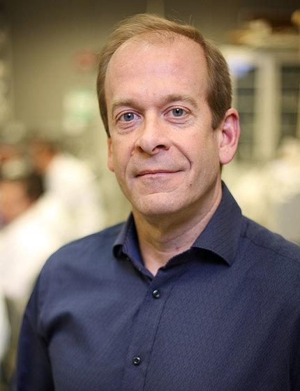 Dr. Kenton Swartz