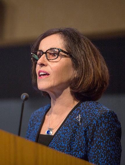 Dr. Córdova speaks