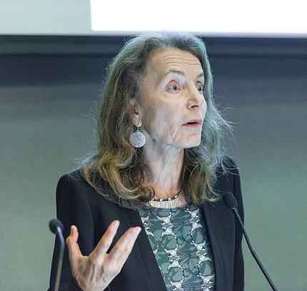 Dr. Ana Langer