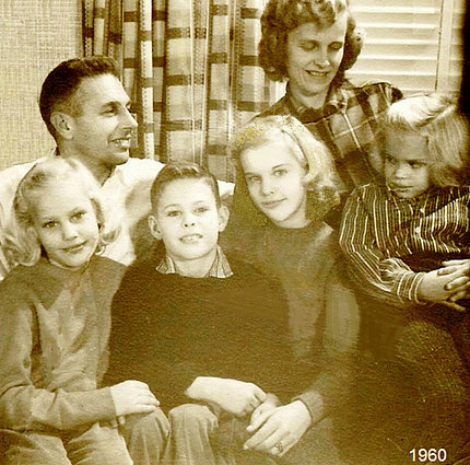 Aged sepia photo of the Gardner family of 6, in 1960