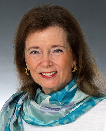 Dr. Barbara Riegel