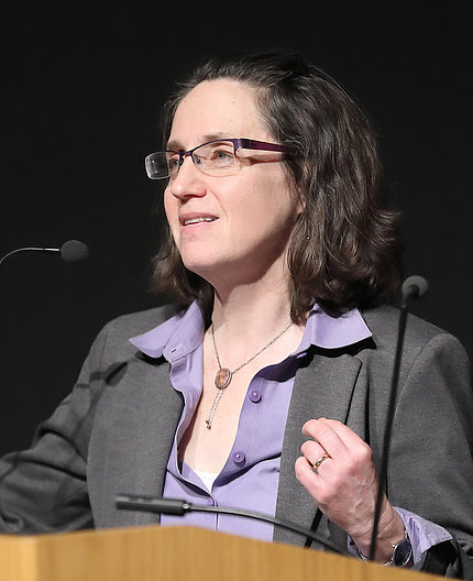 Dr. Katrin Schultheiss