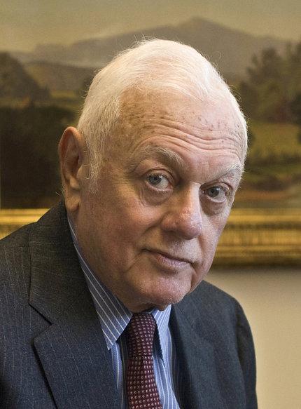 Dr. Elliot Vesell