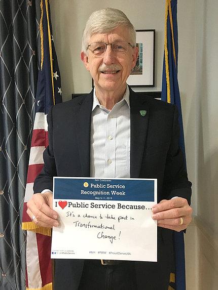 Collins holds his Public Service Recognition Week pledge.