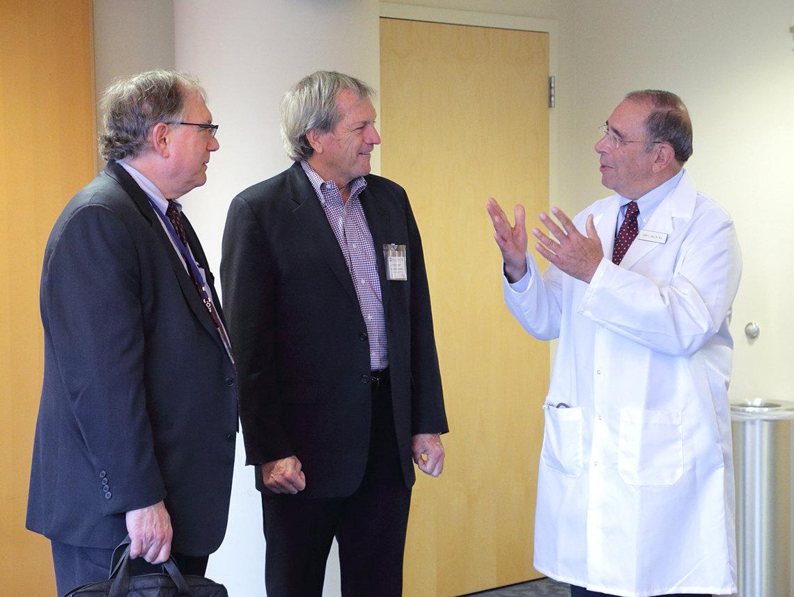 DeSaulnier meets with NIH staff