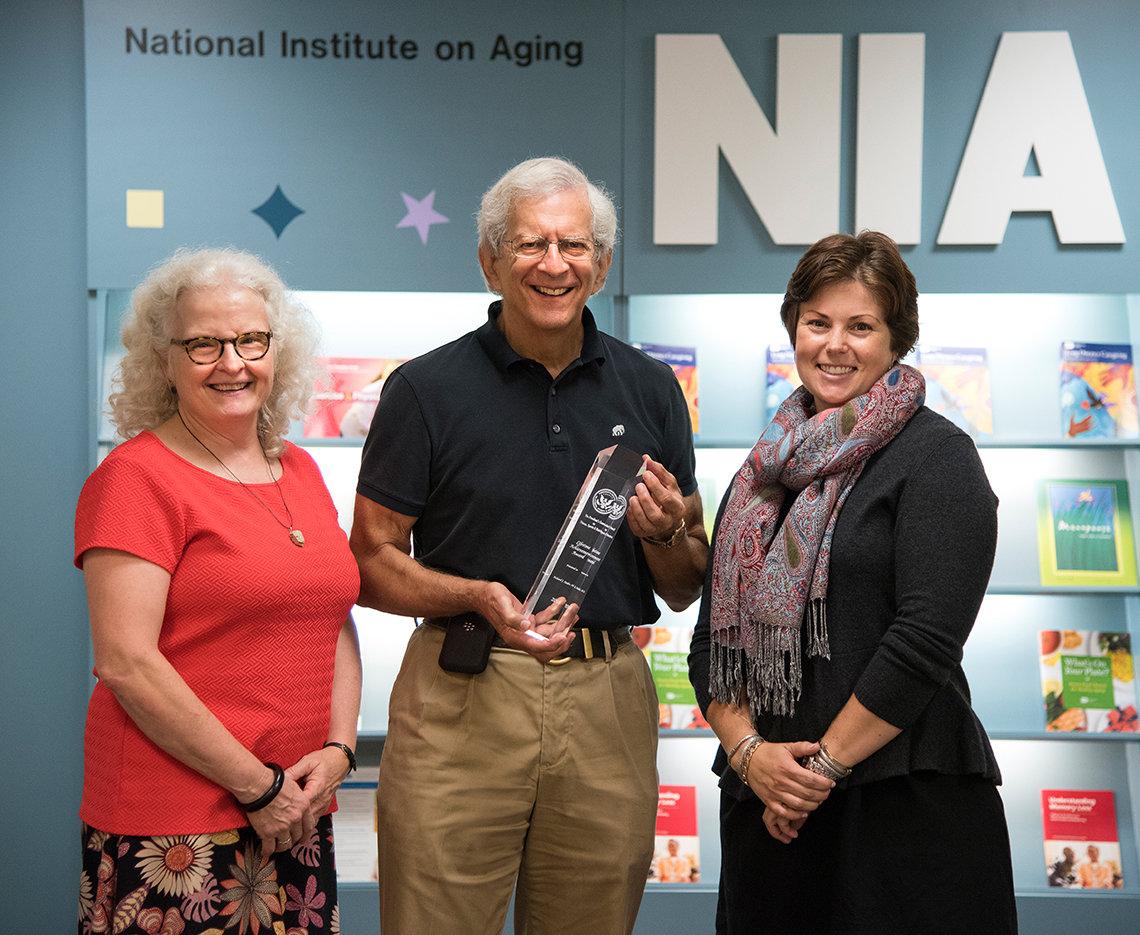 Hodes receives an award