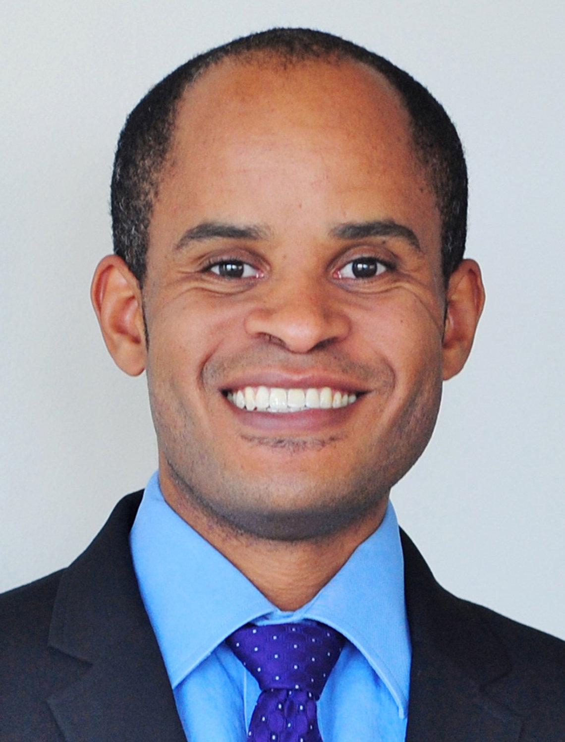 Dr. Kenneth Gibbs