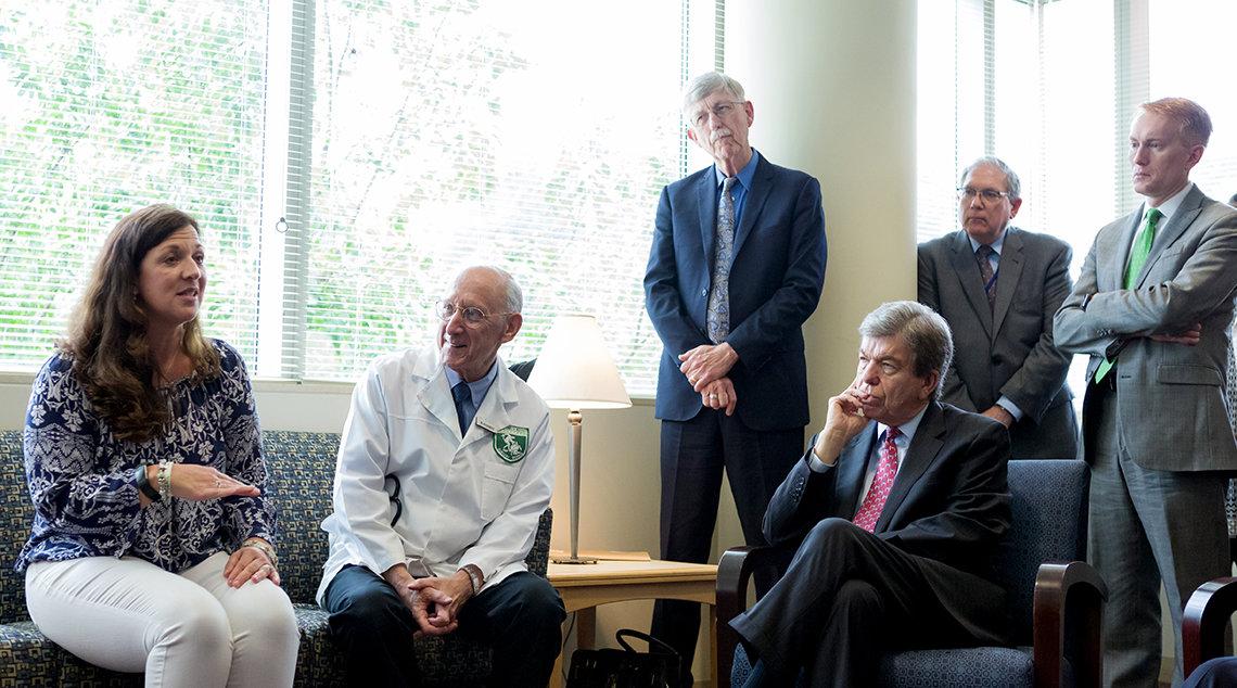 Patient chats with NIH leadership, Senators
