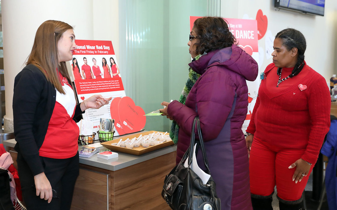 NIH'ers stand by heart-healthy foods samples