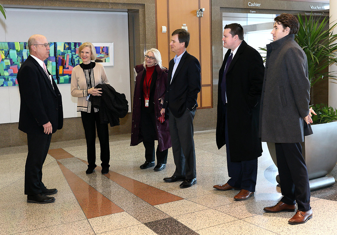 Delegation from HHS Office of White House Liaison visits NIH
