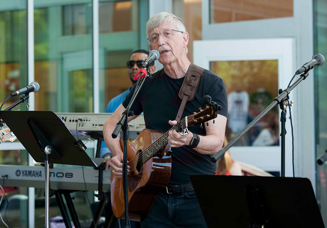 NIH director Dr. Francis Collins delivers a tune.
