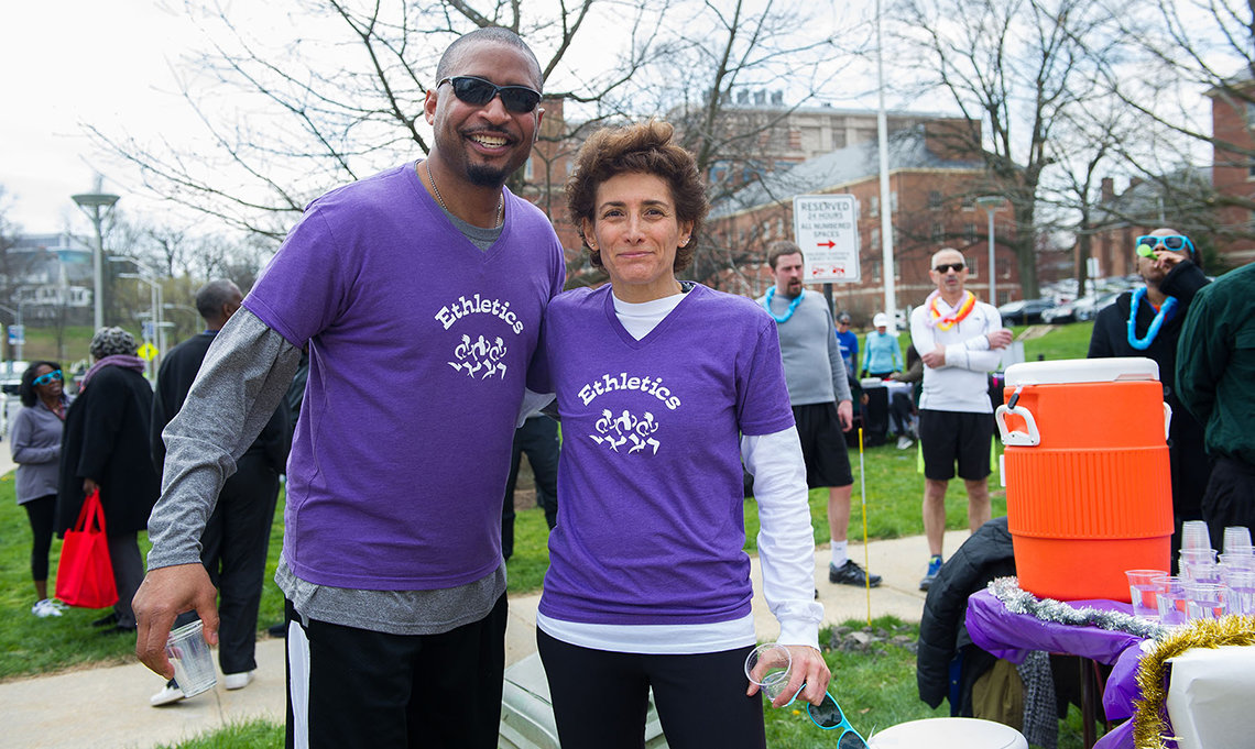 Brian Boykins and Holly Beckerman Jaffe lend their legs to support the run/walk.