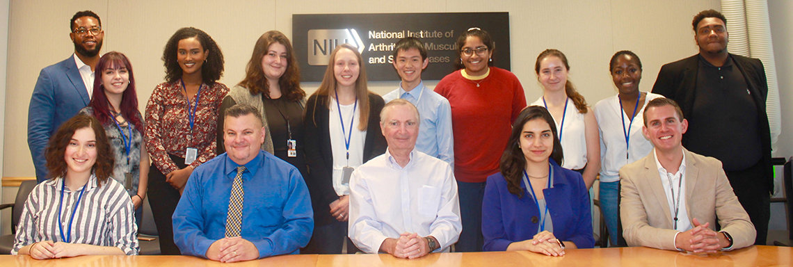 Summer students gather with NIAMS leadership.