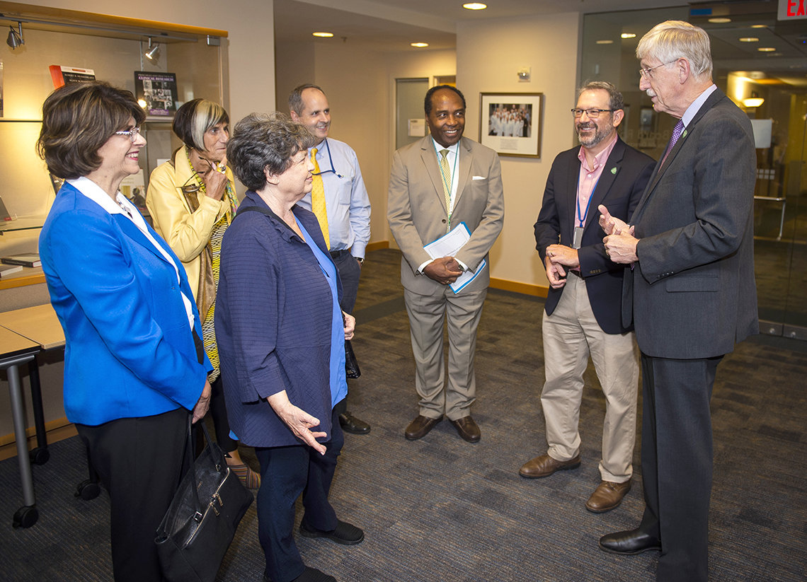 Congressional visitors meet NIH leadership