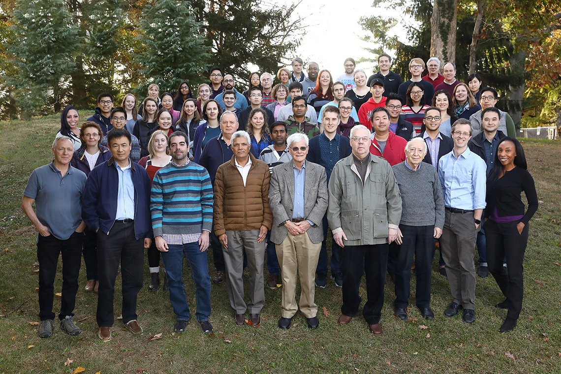large group shot of NCI Laboratory of Cell Biology members