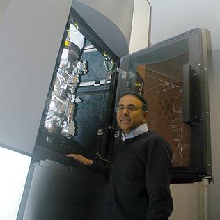 Dr. Subramaniam with his EM machine