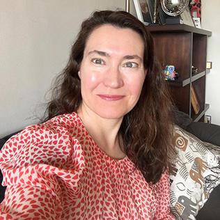 Dr.  Cécile Viboud