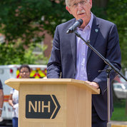 NIH director Dr. Francis Collins encourages hikers to enjoy their splendid surroundings along the way. PHOTO: MENA BRUNETTE