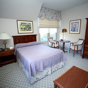 The Safra Family Lodge updated its interior—the first significant improvements since 2005. Shown here is a guest room. PHOTO: FOUNDATION FOR THE NIH