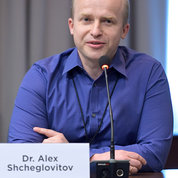 Panelist Dr. Alex Shcheglovitov, an assistant professor in the department of neurobiology and anatomy at the University of Utah, discusses ways to motivate the next generation of researchers. PHOTO: MARLEEN VAN DEN NESTE