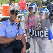 Cpl. Alvin Maker shares NIH Police gear. PHOTO: CHIA-CHI CHARLIE CHANG