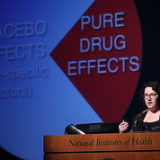 Dr. Lauren Atlas discusses the benefits of merging painkillers with the placebo effect. PHOTO: CHIA-CHI CHARLIE CHANG